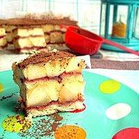 Czas na gruszki i na ciasto z manną!