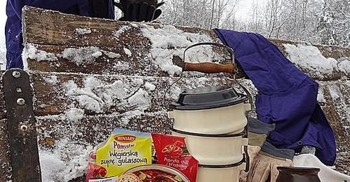 b70e50dec5e708 Ostra rozgrzewająca węgierska zupa gulaszowa - przepis - Mikser Kulinarny