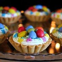 Bezowe Tartaletki Wielkanocne Przepisy Kulinarne Mikser